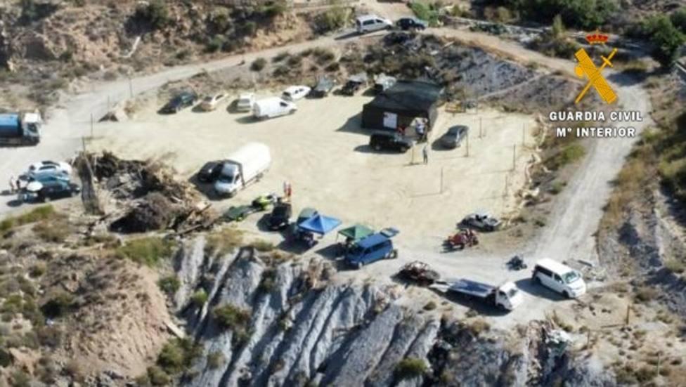 Intervienen una carrera de exhibición con 60 personas en una zona de influencia forestal de El Ejido