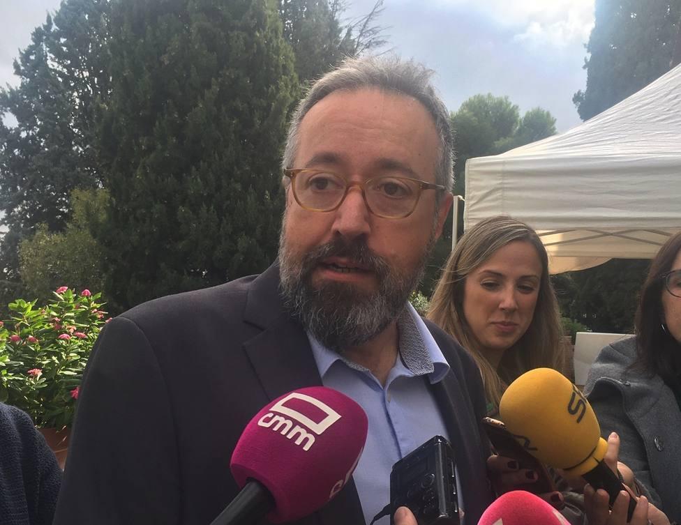 Vidal-Quadras admite delante de Casado que echa de menos al PP y Girauta ve a Casado pronto en Moncloa