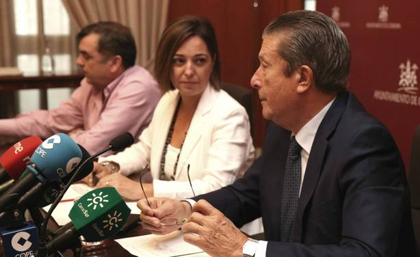 Isabel Ambrosio y Federico Mayor Zaragoza en la presentación del documento