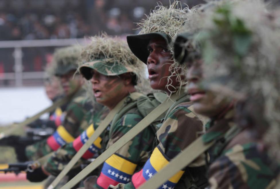 Ultimátum de 48 horas de Guaidó a los militares para ponerse del lado de la constitución