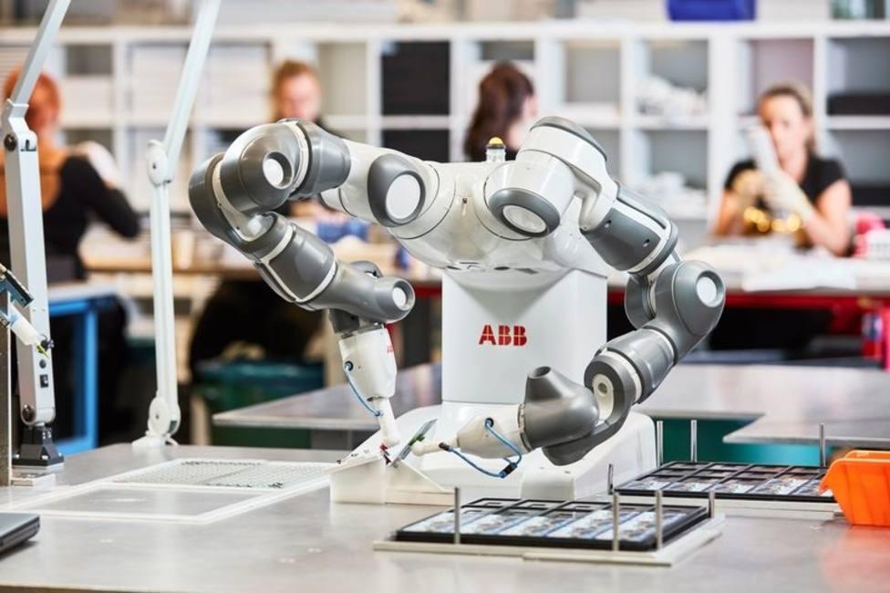 ABB desarrollará el hospital del futuro apostando por robots colaborativos no quirúrgicos