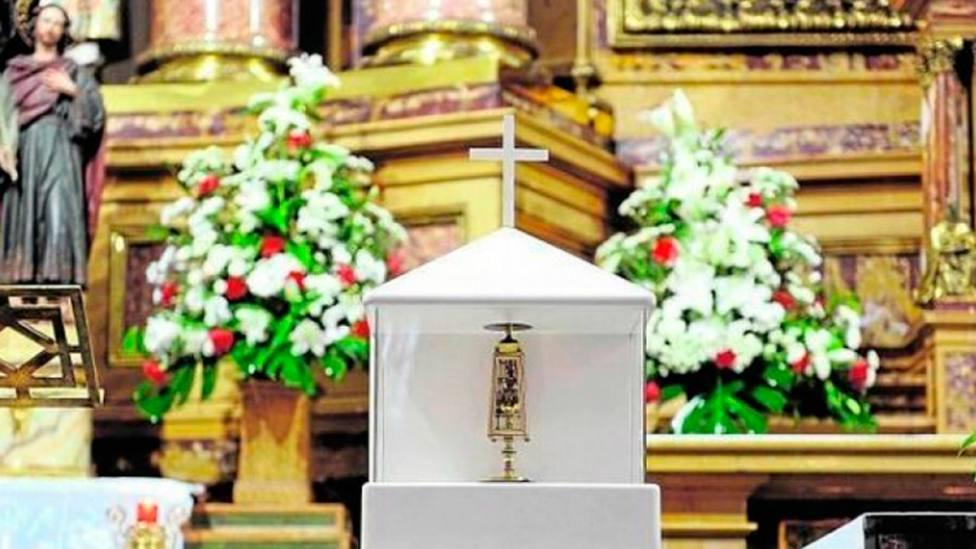 La sangre de San Pantaleón se va licuando a medida que llega su fiesta del 27 de julio