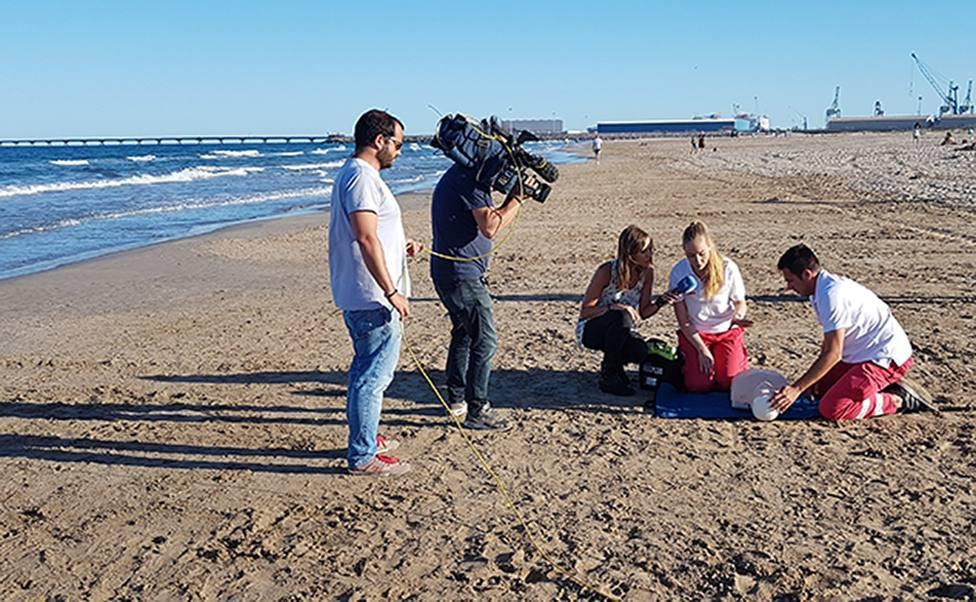 RTVE pone en marcha el servicio de interpretación en lengua de signos para sus programas Corazón y España Directo