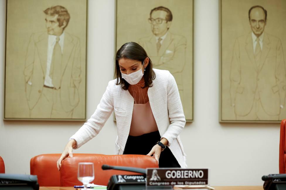Reyes Maroto anuncia nuevas ayudas al turismo y al comercio por parte de las comunidades autónomas