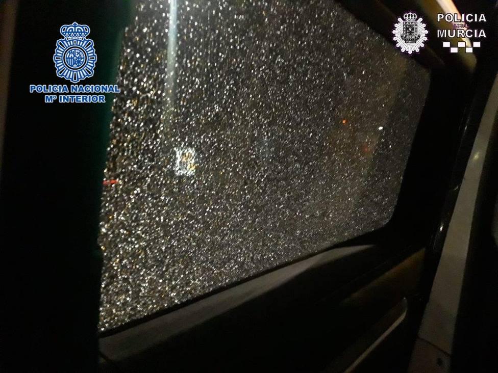 Detenido en Murcia joven disparó a coche patrulla con pistola aire comprimido
