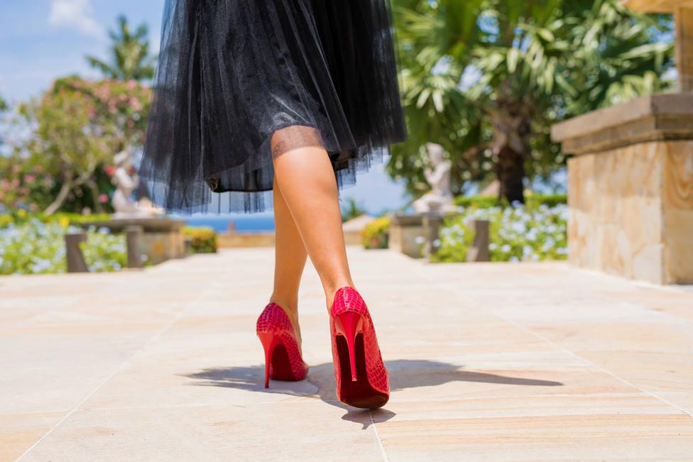 Stilettos, agujas o sneakers ¿cómo ha evolucionado los zapatos en los últimos años?