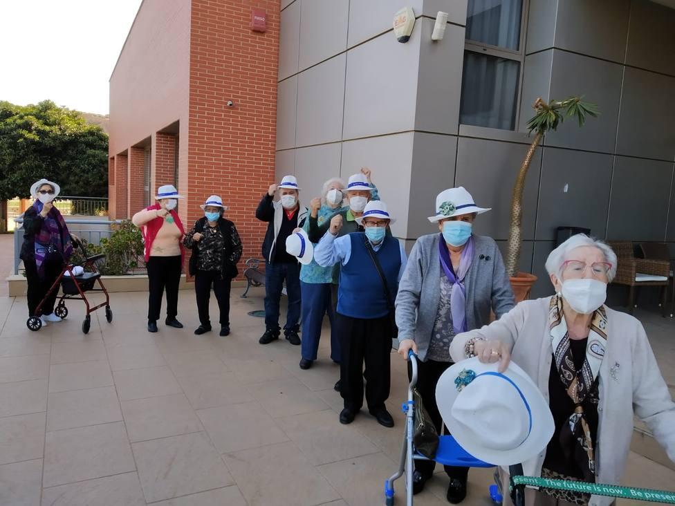 La reacción de 60 ancianos de Almería al conocer que harán la primera salida desde el inicio de la pandemia