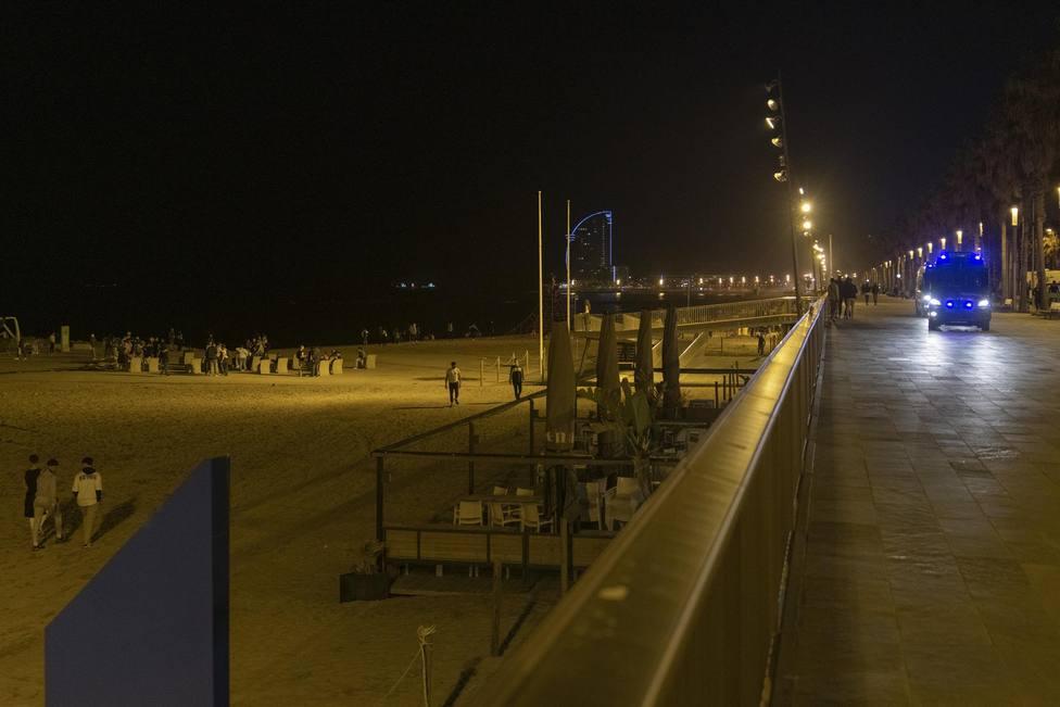 El TSJC avala restringir el acceso a plazas y playas por la noche