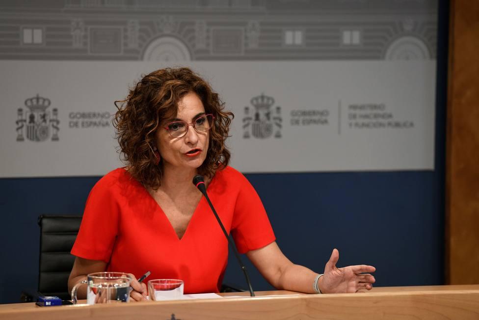 Montero lamenta que Cataluña no esté en la Conferencia de Presidentes, donde puede ganar pero no perder