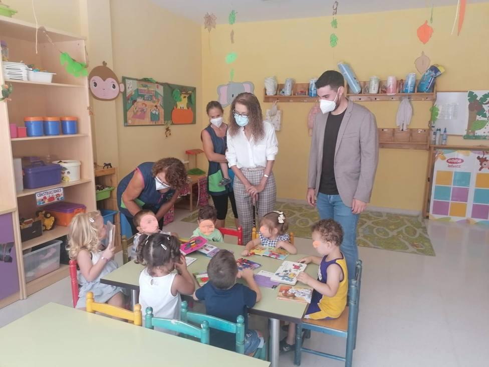 Granada.- Educación.- Más de 8.800 alumnos del primer ciclo de Educación Infantil vuelven a la escuela