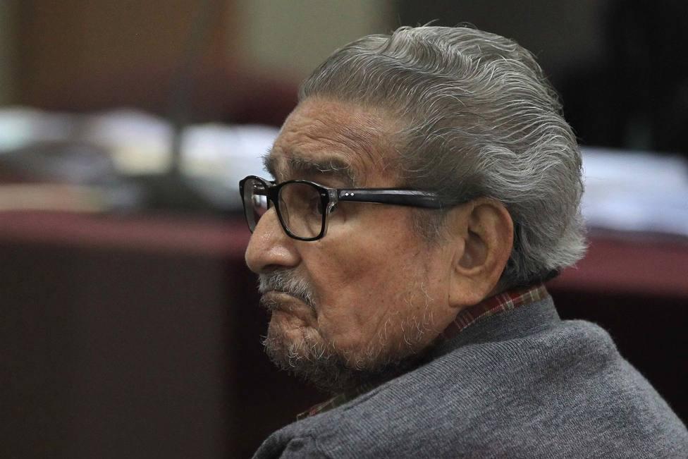 Fallece en prisión Abimael Guzmán, fundador de la guerrilla peruana Sendero Luminoso