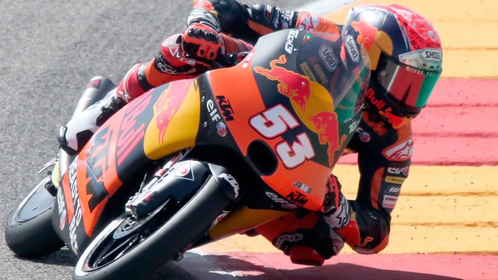 Denis Oncu, piloto de KTM, durante una carrera de Moto3 en el Mundial 2021 de motociclismo. EFE