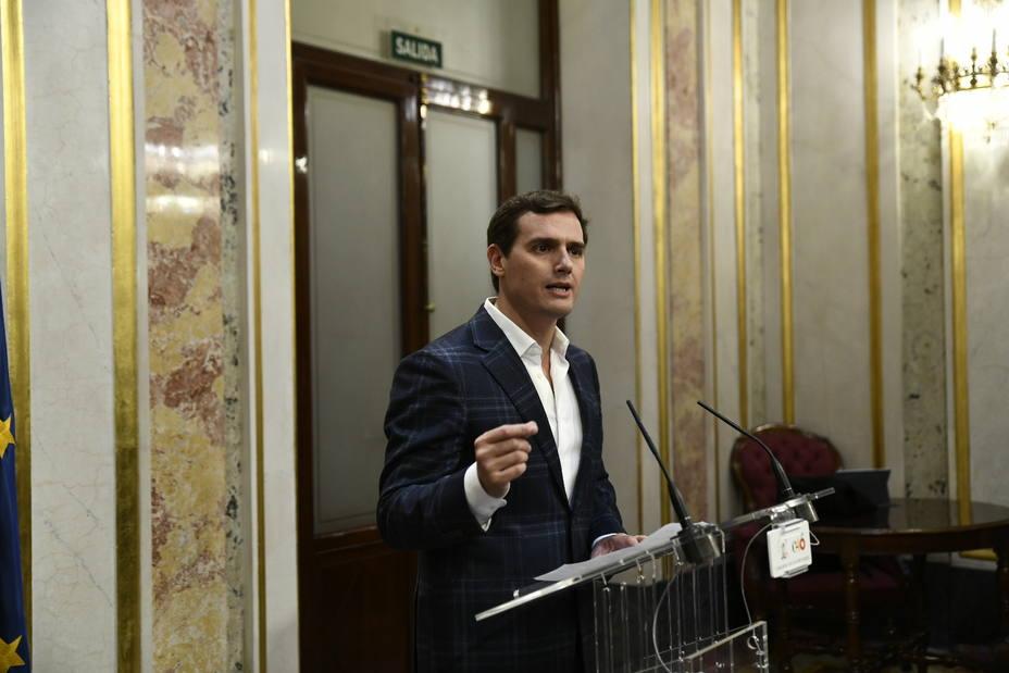 Rivera pide a Sánchez que convoque elecciones hoy mismo porque el rechazo de los Presupuestos pone fin a su escapada