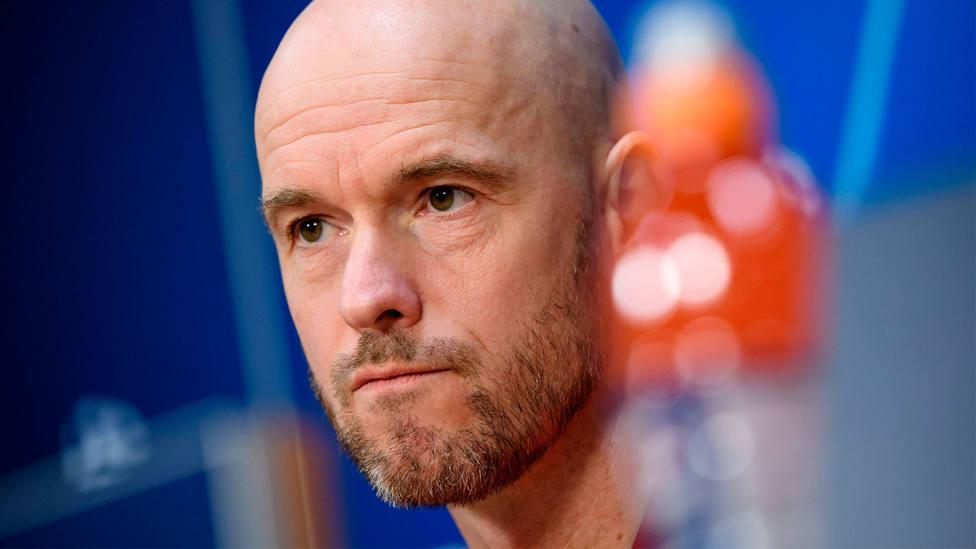 Erik Ten Hag, entrenador del Ajax, en rueda de prensa. CORDONPRESS