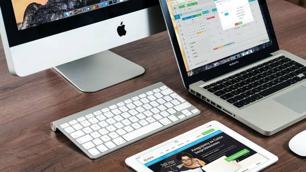 Comercial y ventas, informática y atención al cliente, sectores con más vacantes de empleo, según InfoJobs