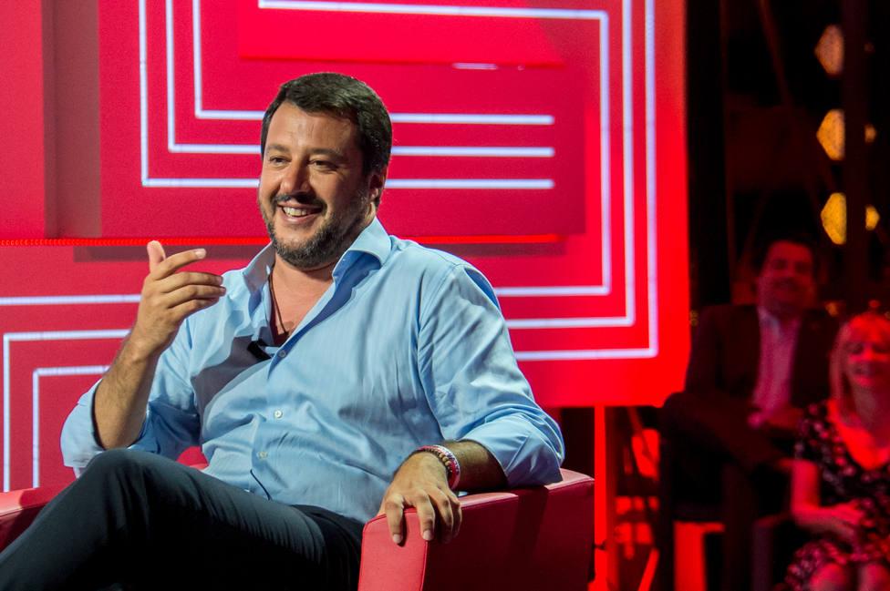 Un tribunal de Alemania prohíbe a Salvini publicar en Twitter una fotografía de una ONG