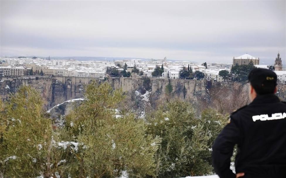 Se hacían pasar por turistas para robar a otros viajeros en Ronda