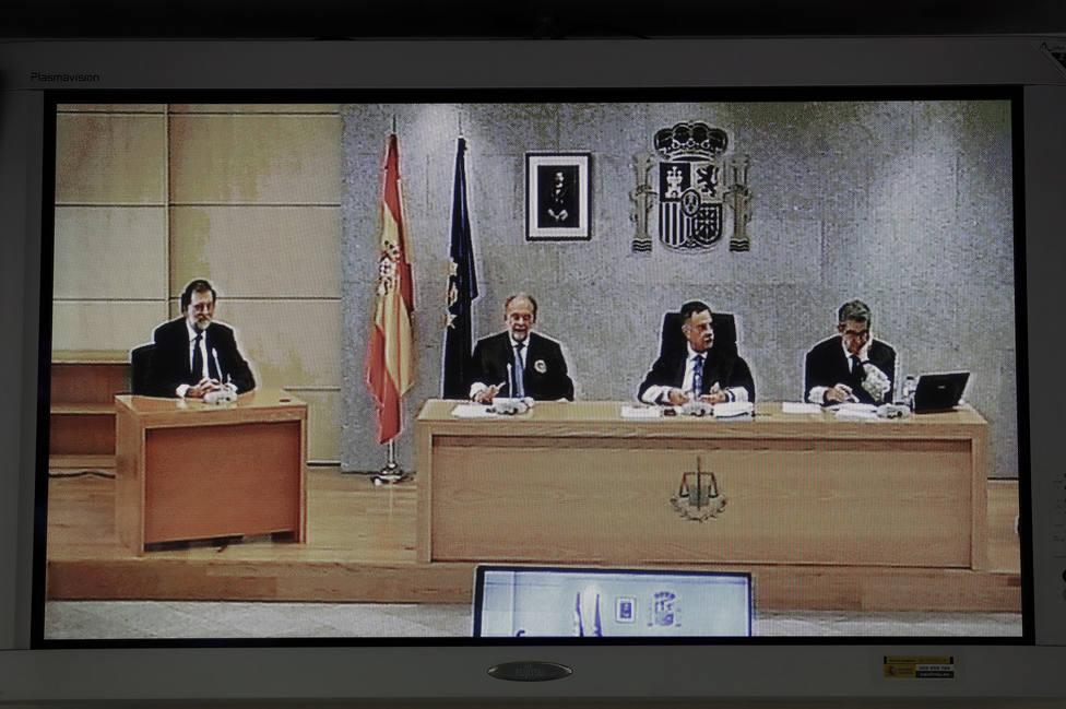 El Supremo reprocha a la Audiencia sus alusiones a la caja B del PP, que provocaron la moción contra Rajoy