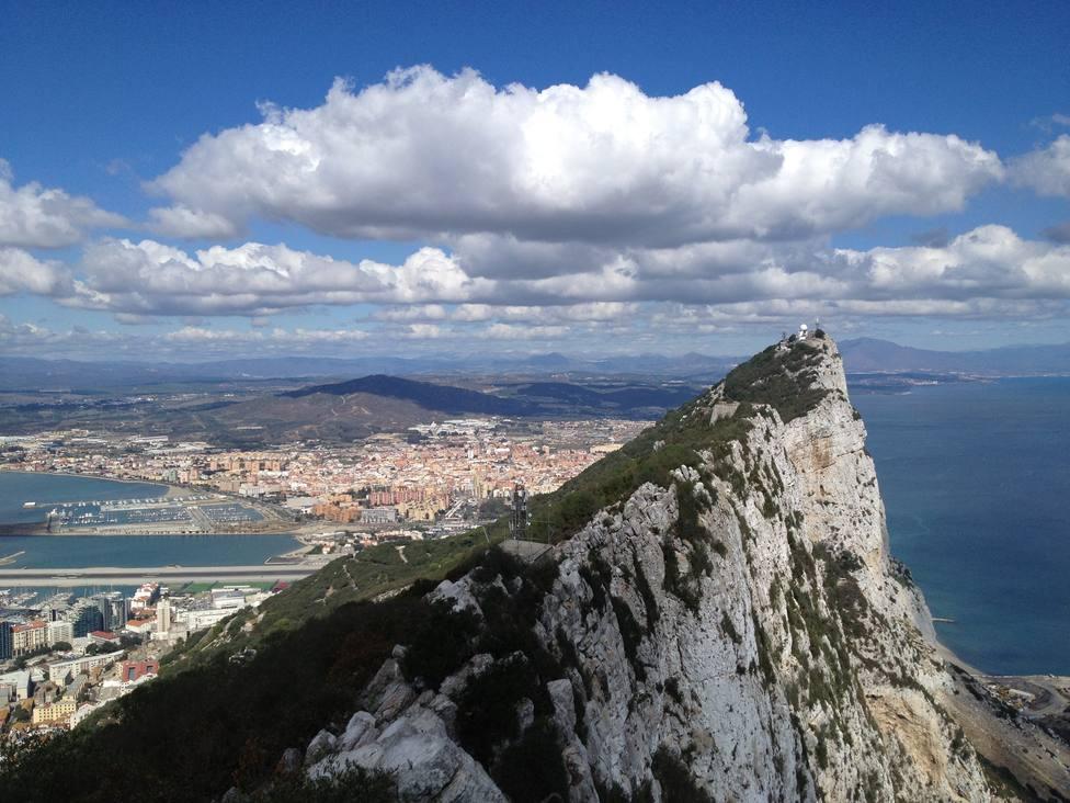 España cierra con Londres y Gibraltar un sistema para que los empleados trasfronterizos mantengan sus derechos