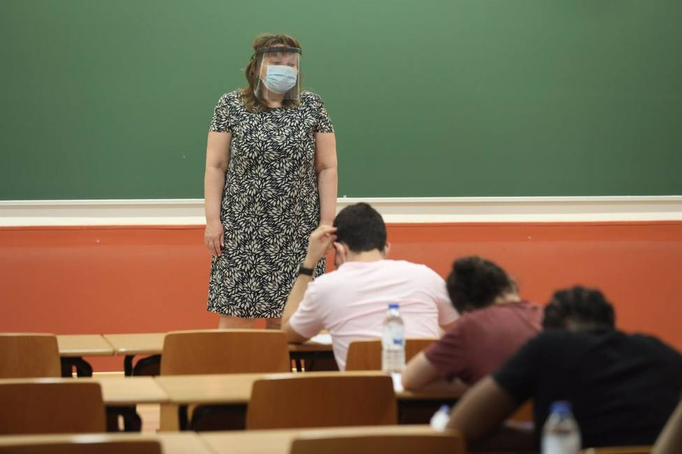 profesora en clase
