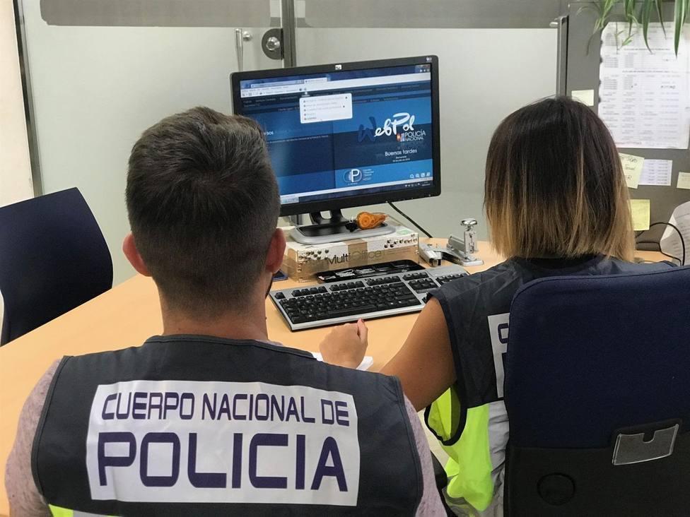 Agentes del Cuerpo Nacional de Policía