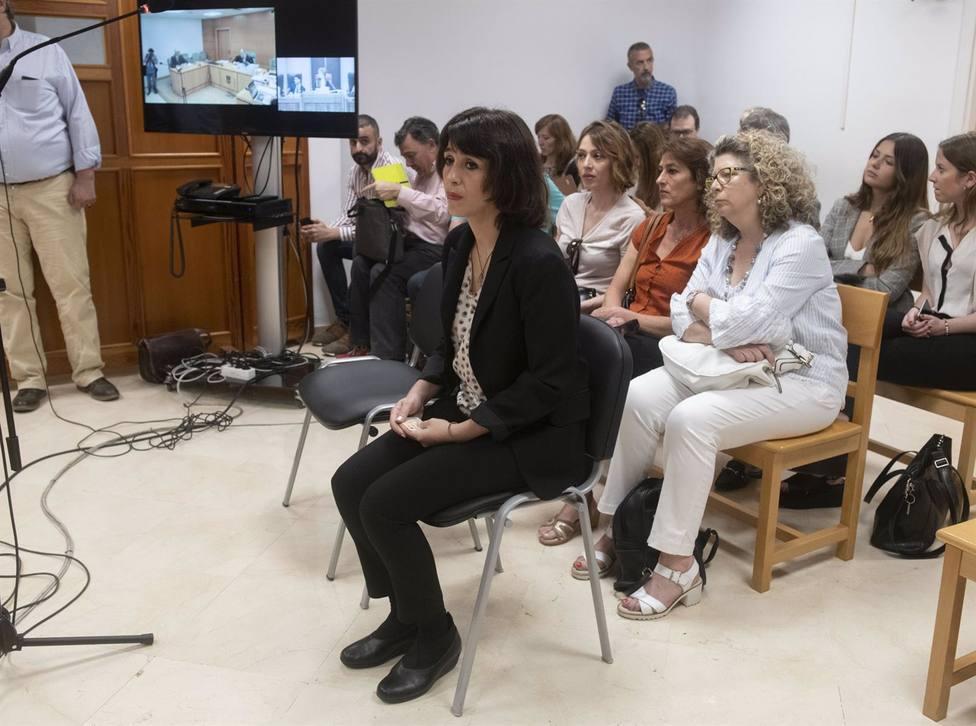 Granada.- Tribunales.- El juez rechaza suspender la pena a Juana Rivas y acuerda su ingreso en prisión
