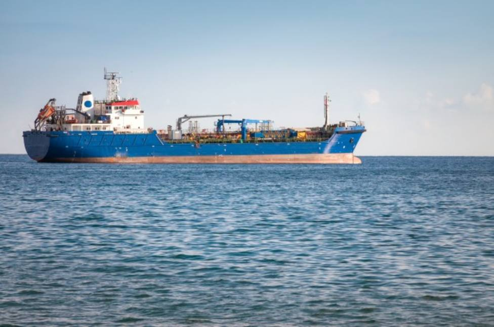 ctv-i4r-nave-industrial-desconocida-mar-mediterraneo 1401-373