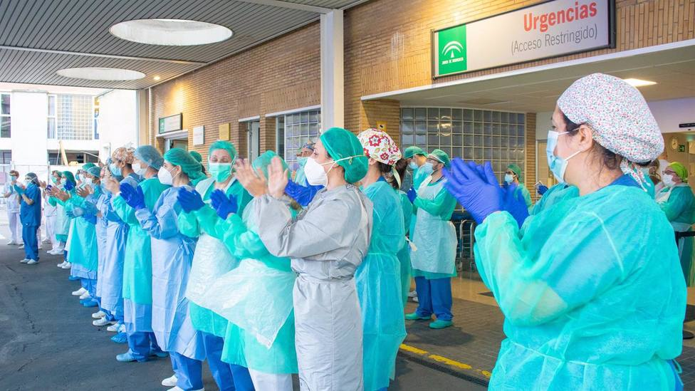 Sevilla.-El Hospital Virgen del Rocío acoge un homenaje a sus miles de profesionales en el acto 12.000 gracias