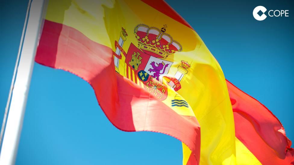 ctv-uef-torquemada-homenajea-a-la-bandera-nacional-este-domingo