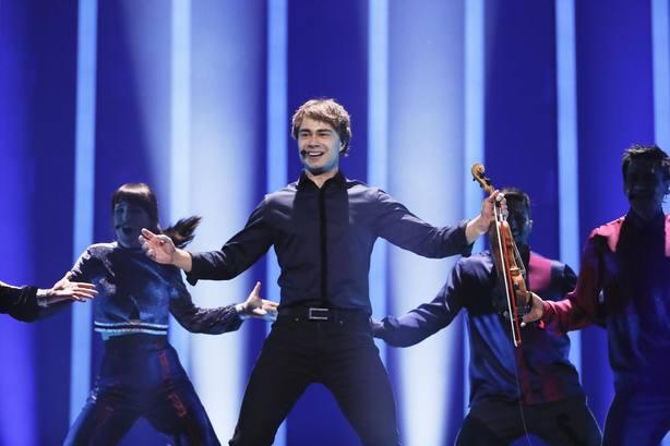 Eurovisión 2018 busca a sus últimas diez finalistas en la edicion más abierta