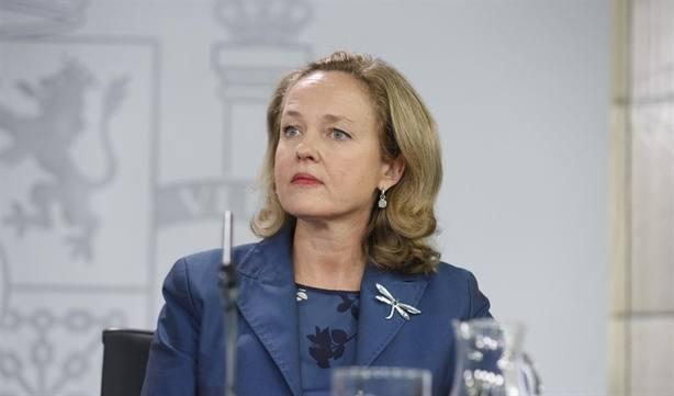 Calviño afirma que ella y Montero han dicho exactamente lo mismo sobre una eventual prórroga de los PGE