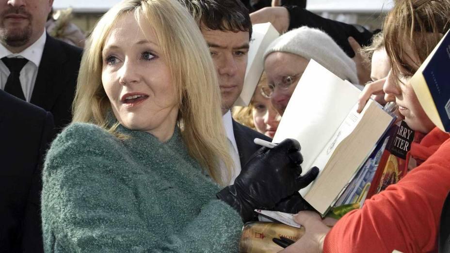 J.K. Rowling da a sus seguidores las claves para convertirse en escritor