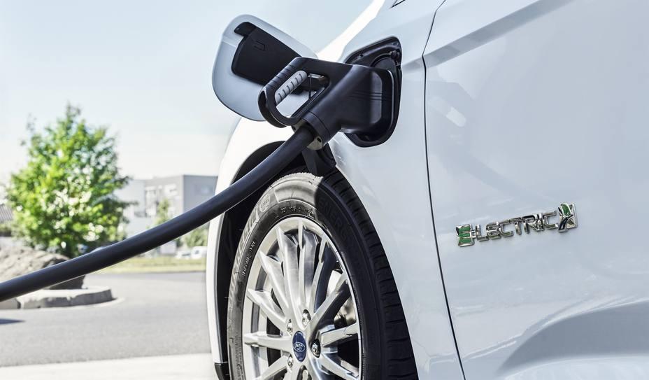 Las ventas de coches eléctricos en Europa crecen casi un 50% en 2018 y superan las 200.000 unidades