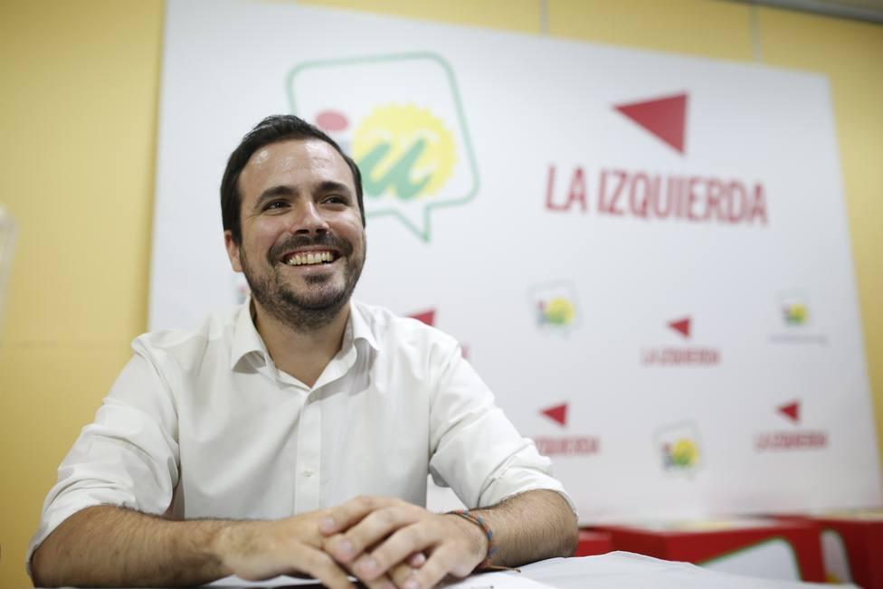 Garzón ve valiente e inteligente que Iglesias renuncie a estar en el Gobierno para facilitar la coalición con Podemos