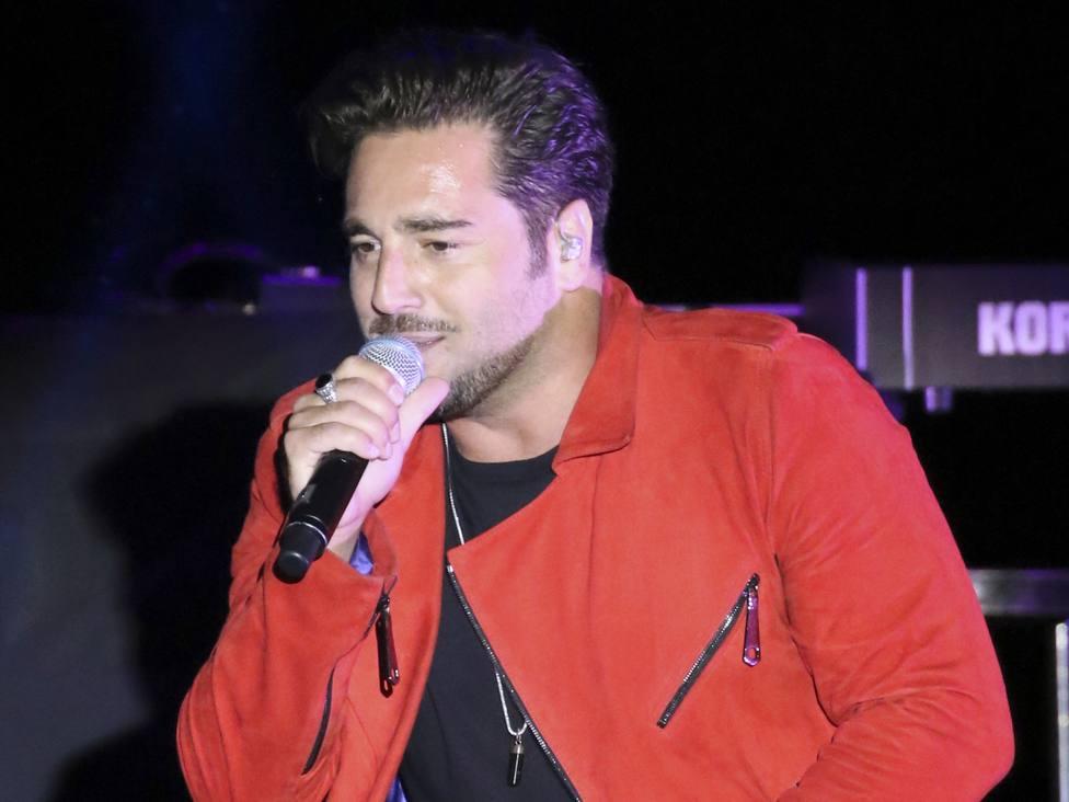 David Bustamante causa indignación tras cancelar un concierto minutos antes de salir