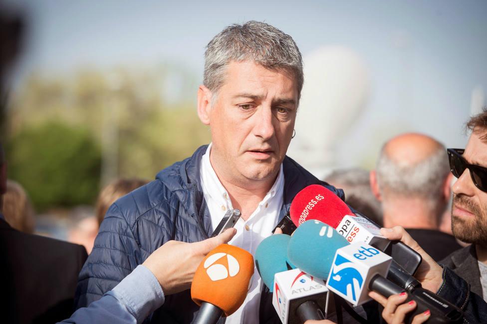 Un diputado de Bildu frivoliza sobre la seguridad en Barcelona y un alcalde le pone en su sitio