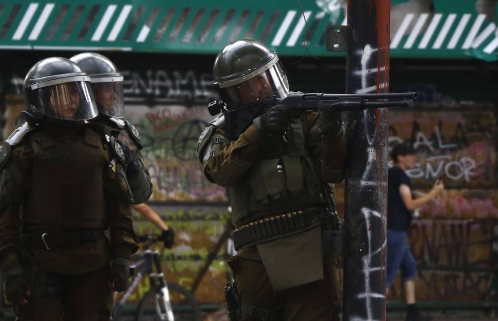 El Gobierno de Chile sopesa dotar a la Policía de nuevas armas no letales