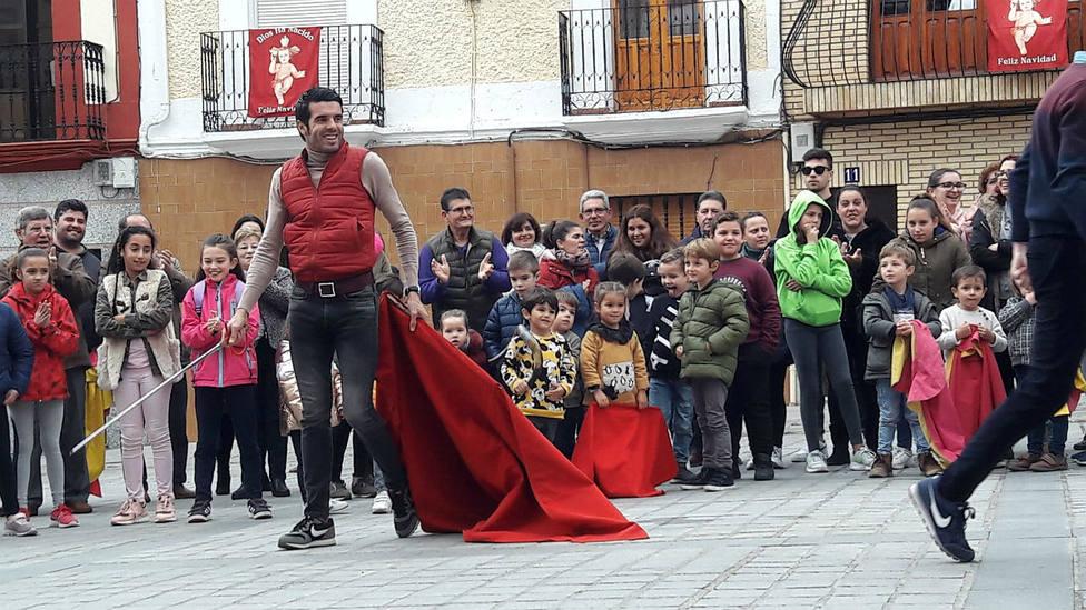 Emilio de Justo durante la exhibición de toreo de salón que ofreció en Torrejoncillo (Cáceres)