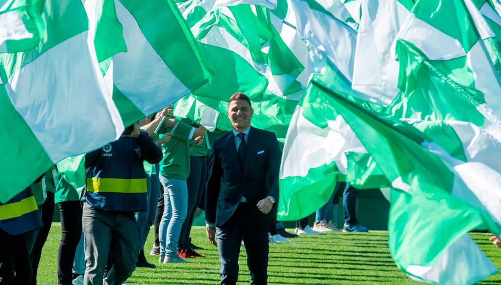 Joaquin, en el acto de renovación con el Betis (EFE)