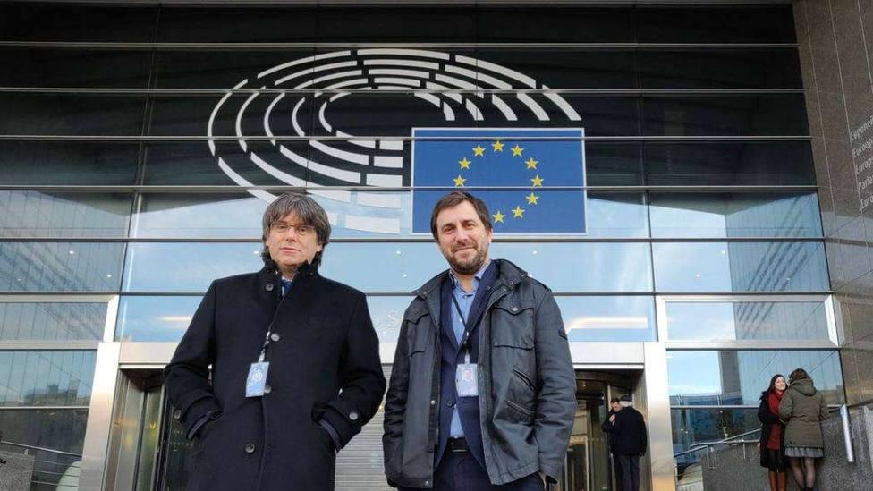 Puigdemont no descarta visitar a los presos en febrero en una misión de eurodiputados