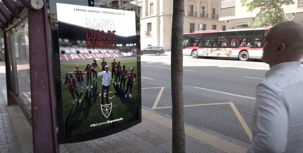 El fútbol también es cosa de hombres, así sorprende la camapaña del EDF Logroño Femenino