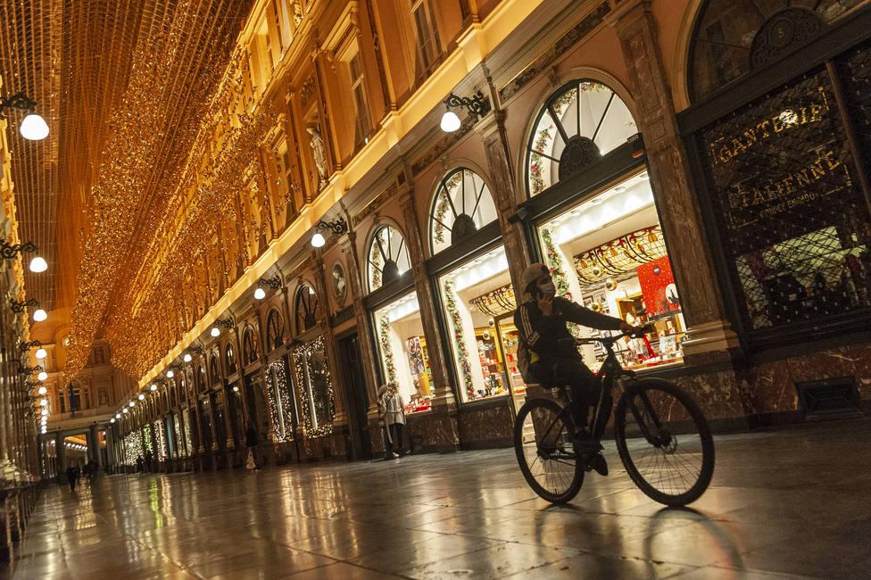Luces de Navidad en el centro de Bruselas