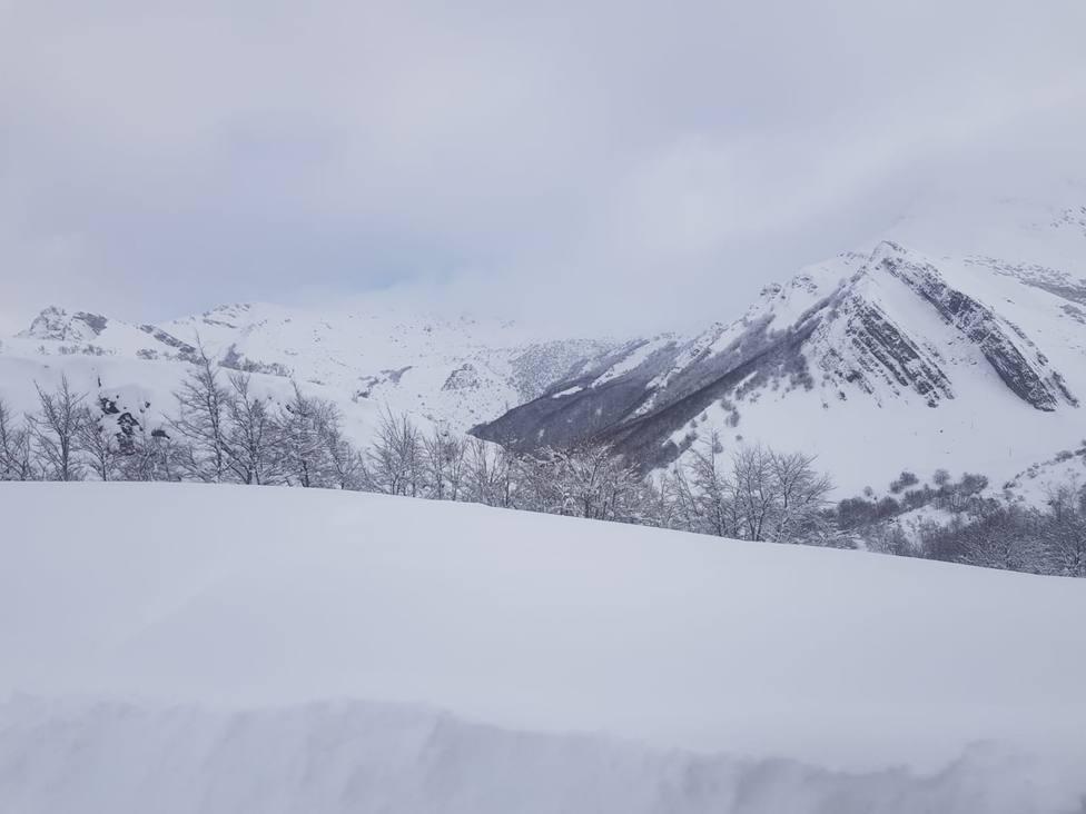Somiedo cubierto por la nieve