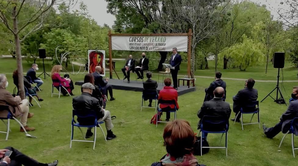 Acto de presentación de los Cursos, en el Jardín Botánico de Madrid
