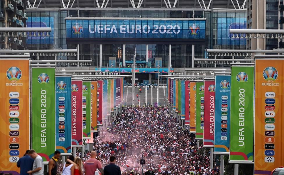 Exterior del estadio de Wembley