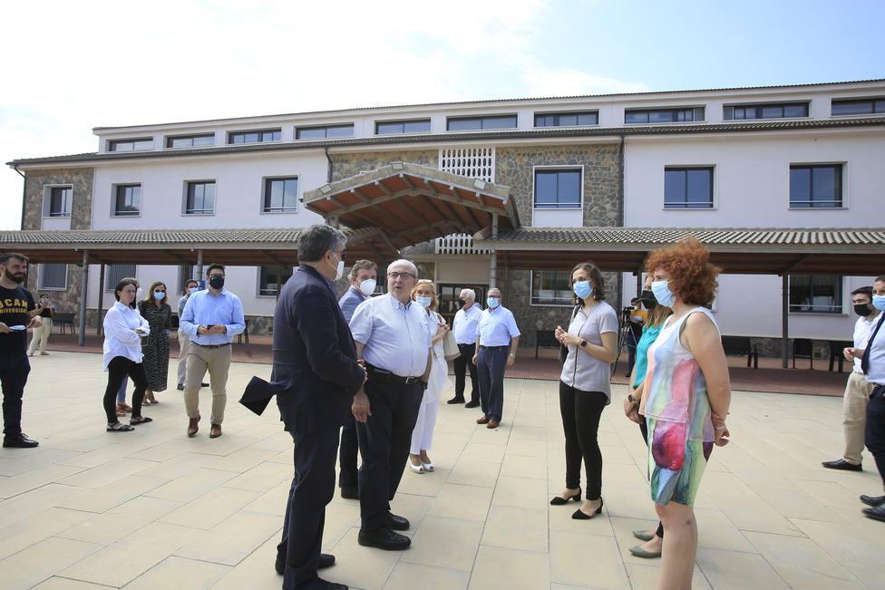 ctv-ghj-el-presidente-de-la-ucam-visitando-el-edificio-de-medicina-y-salud-en-cartagena