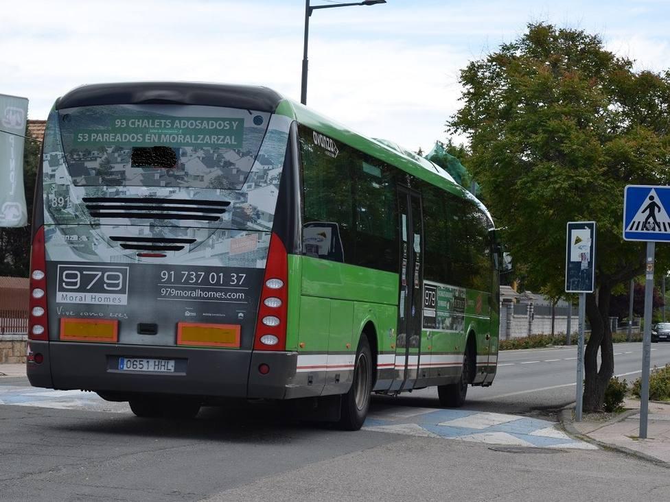 Autobús interurbano en Guadarrama