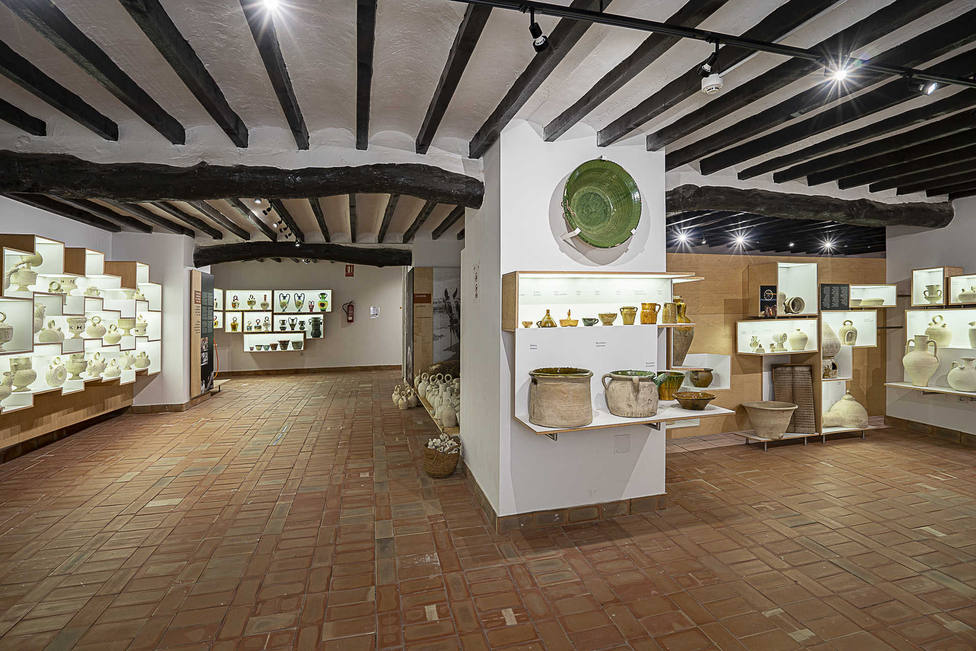 El Gil-Albert inaugura un ciclo sobre los museos locales para divulgar el patrimonio cultural de Alicante