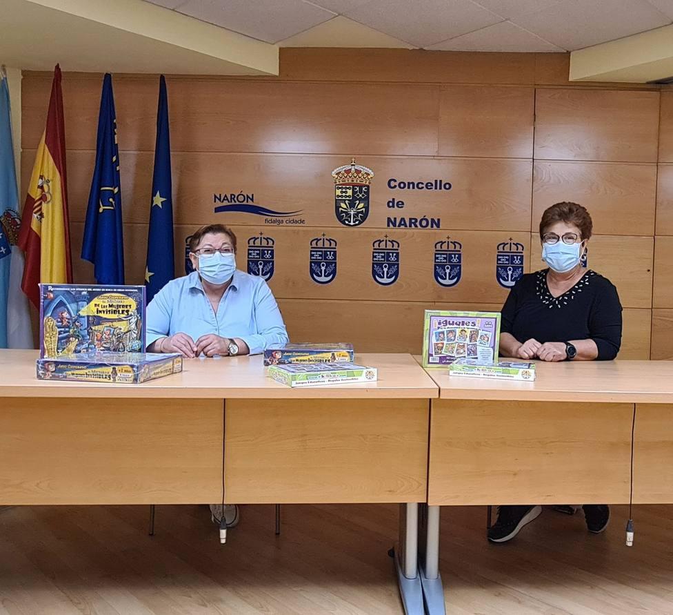 Las concejalas Mar Gómez y Mercedes Taibo. FOTO: concello de Narón