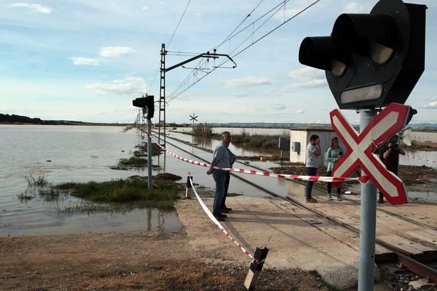 El pico de caudal del Ebro alcanzará mañana la Ribera Bajan en Aragón